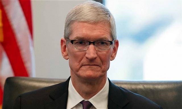 原创             发布至今下跌2700元,库克终于妥协,旧款iPhone无奈一降再降