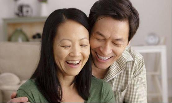 """中国首批""""丁克""""步入晚年,养老很凄凉?除没孩子外,这点更现实"""