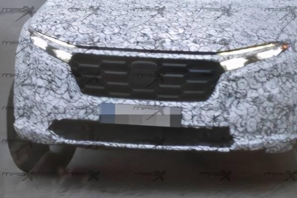 原来跨界新作本田HR-V神秘测试车带SUV和旅行车被曝光