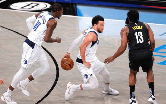 原创             五大因素致使篮网输球,哈登赛后罕见批评全队,欧文伤势曝光