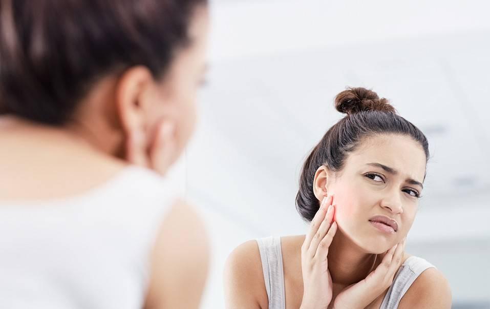 原创             红血丝敏感肌适合什么护肤品 在护肤品上要注意哪些方面