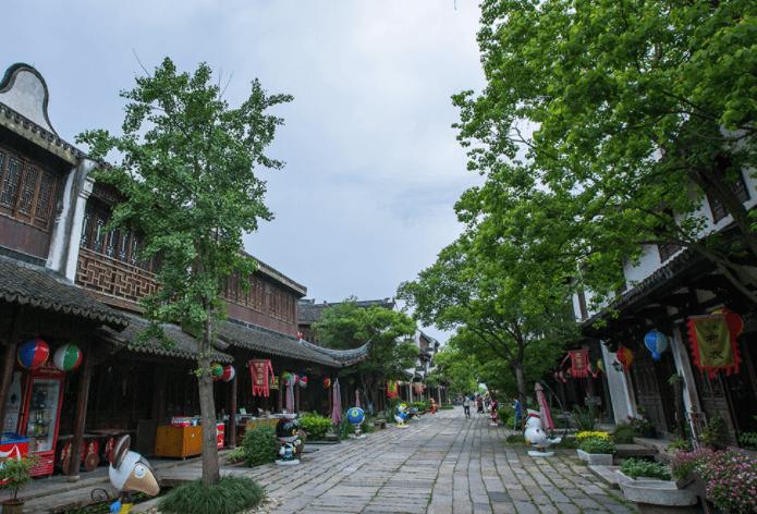 浙江1500年历史的水乡古镇,地形奇特如梅花!