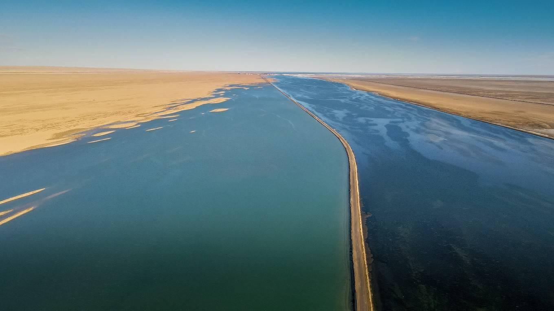 西北自驾游,航拍西台吉乃尔湖,附旅行实用攻略