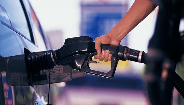 国内成品油价格将连续八年上涨