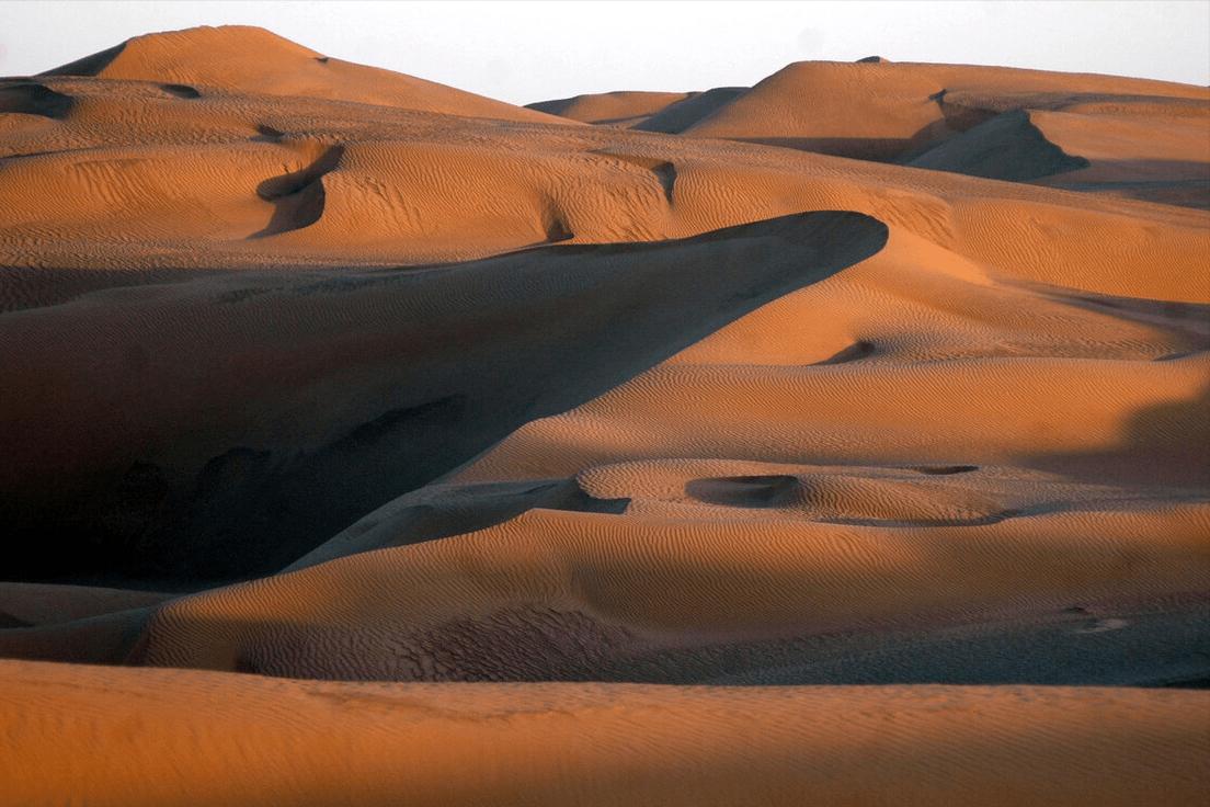 """塔克拉玛干沙漠发现""""地下海洋"""",水资源相当于10个贝加尔湖  塔里木盆地曾经是海洋吗"""