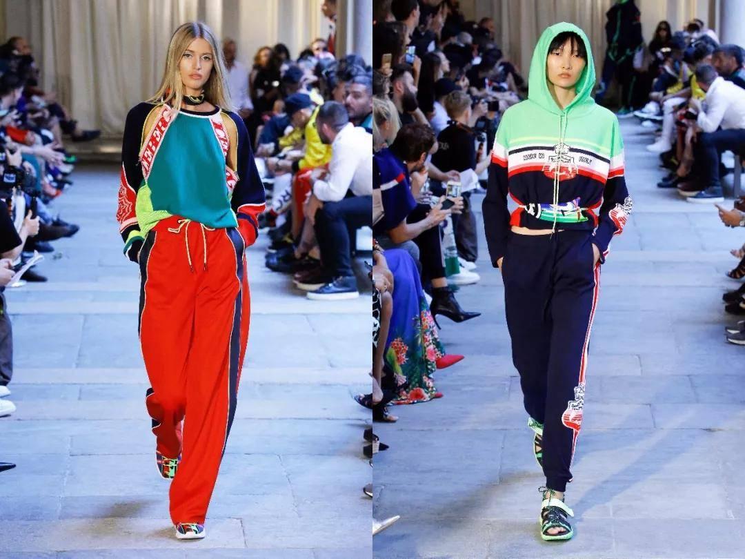 穿衣搭配:2021流行的5款卫衣,半个时尚圈都穿上了,美炸!