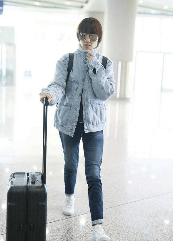 气质远比长相更重要,袁泉43岁不整容不装嫩,自然老去很优雅!