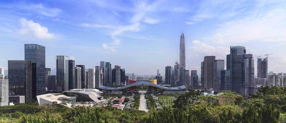 广东深圳与湖北武汉的2020年GDP排名情况如何?