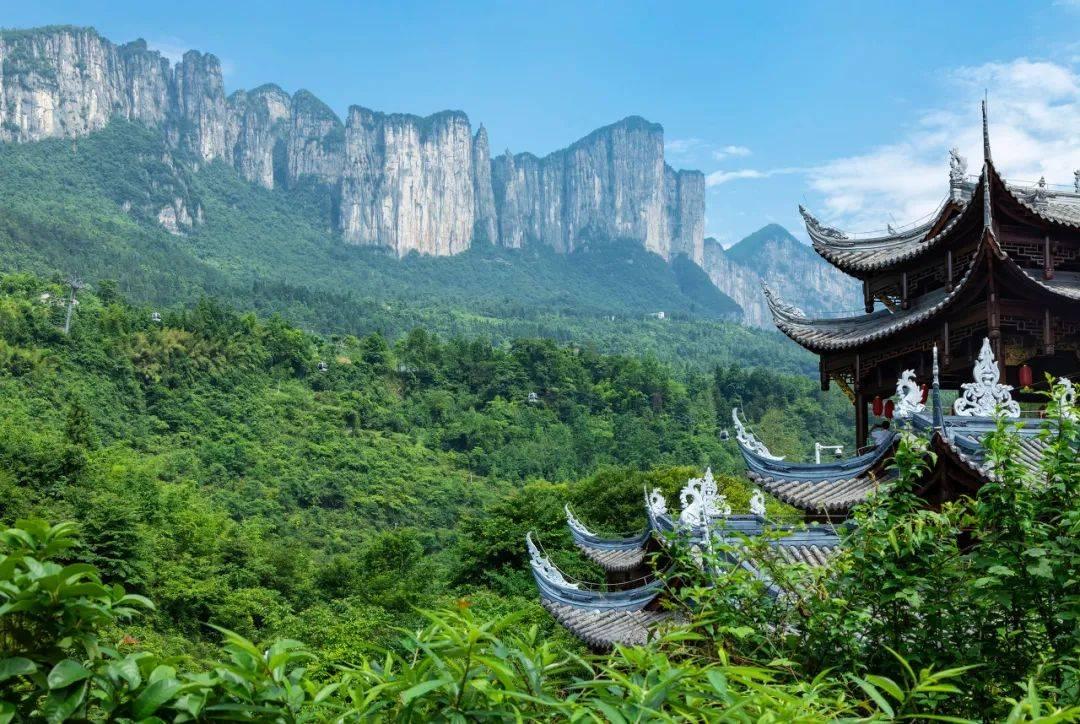 """CNN怒赞的中国""""仙境"""",比九寨纯粹,湖北这里美得不像人间"""