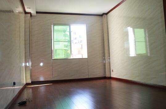 自作主张在新房墙面都铺了瓷砖,现在我家恨不得砸掉重装!