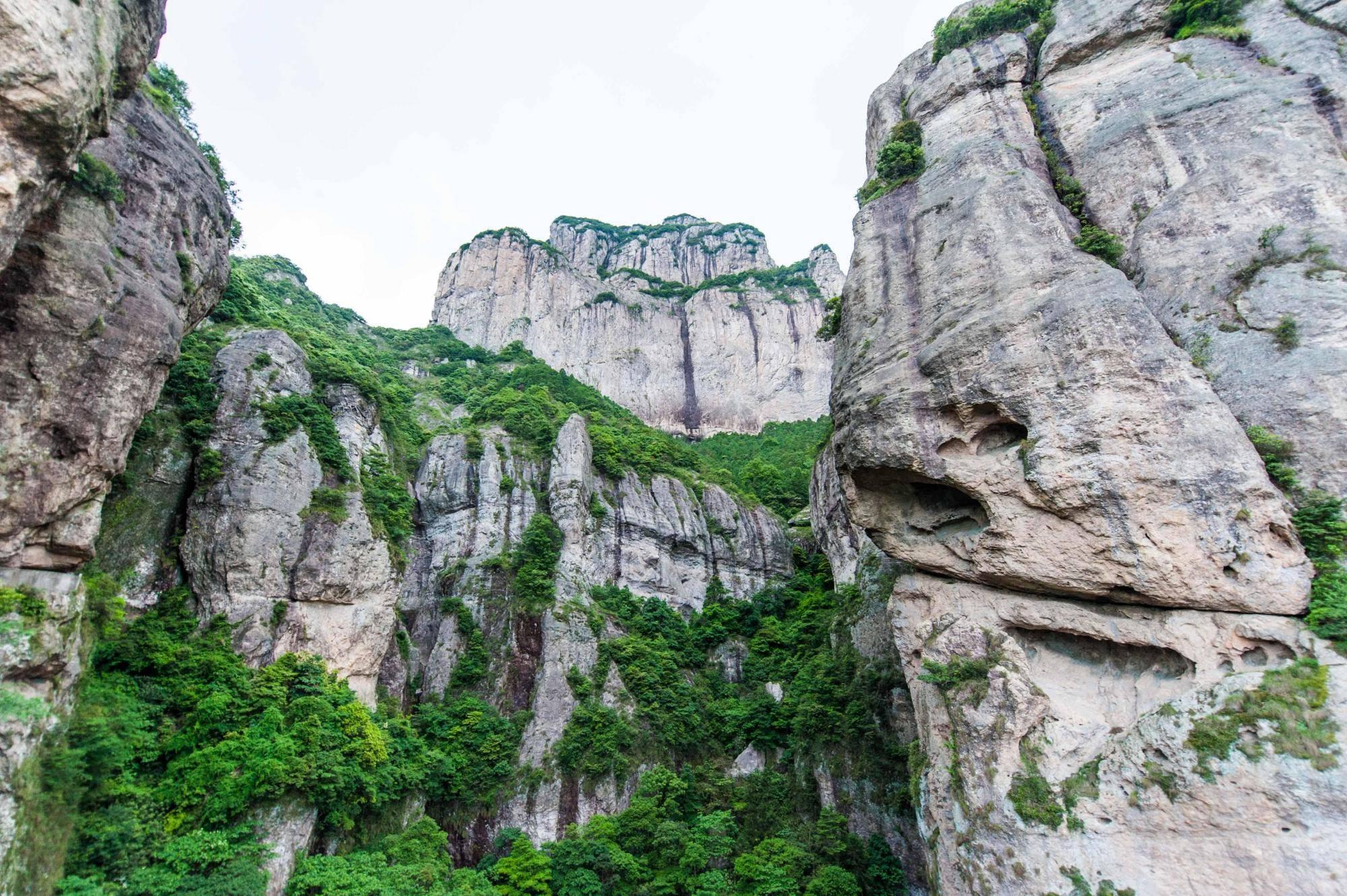 浙江最值得去爬的山,刺激中带有惊险,还带有别样的小浪漫!