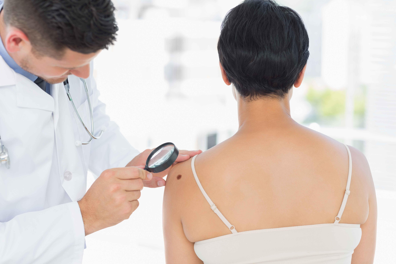 医生提醒:皮肤上出现4种变化,可能是癌症征兆,别不当回事!
