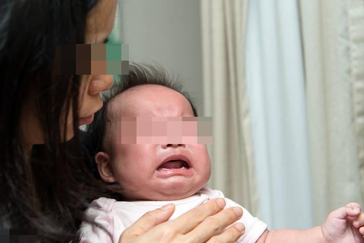 宝宝哭闹不停?排除生病的原因后,很可能是在向父母传达需求