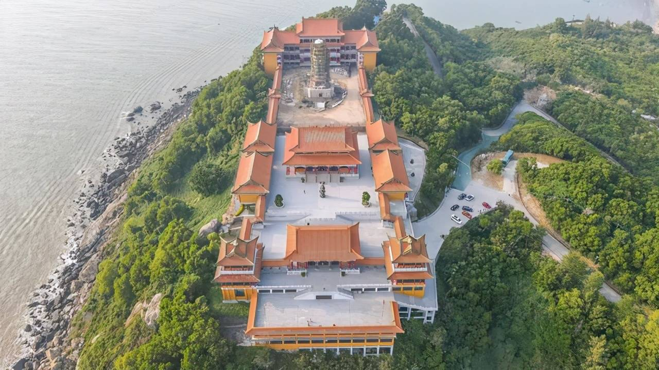 阳江小众宝藏景点,观赏海上落日的好去处,东平飞龙寺