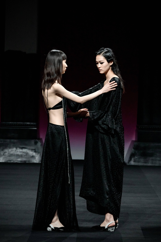 坚持真我、破茧成蝶, 意大利时尚珠宝配饰品牌DFALLA中国首发