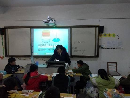 """湖北省宜城市邓冲小学:开启""""先上后说再评""""教研模式"""