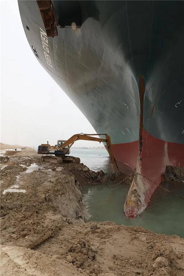 """油价""""九连涨""""之后终于降了,因为苏伊士运河恢复通航了?  第3张"""