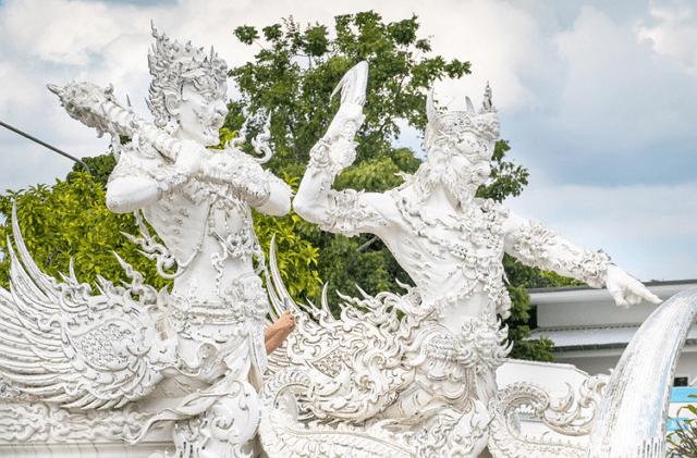 去泰国住酒店时,导游提醒需要注意的5个细节,一般人很容易触碰!