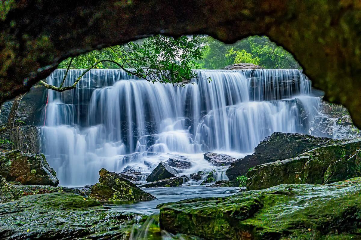 广西自然名胜风景区,是国家4A级景区,风光秀丽