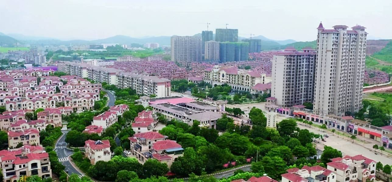 广西各地市经济总量排名_广西经济职业技术学院