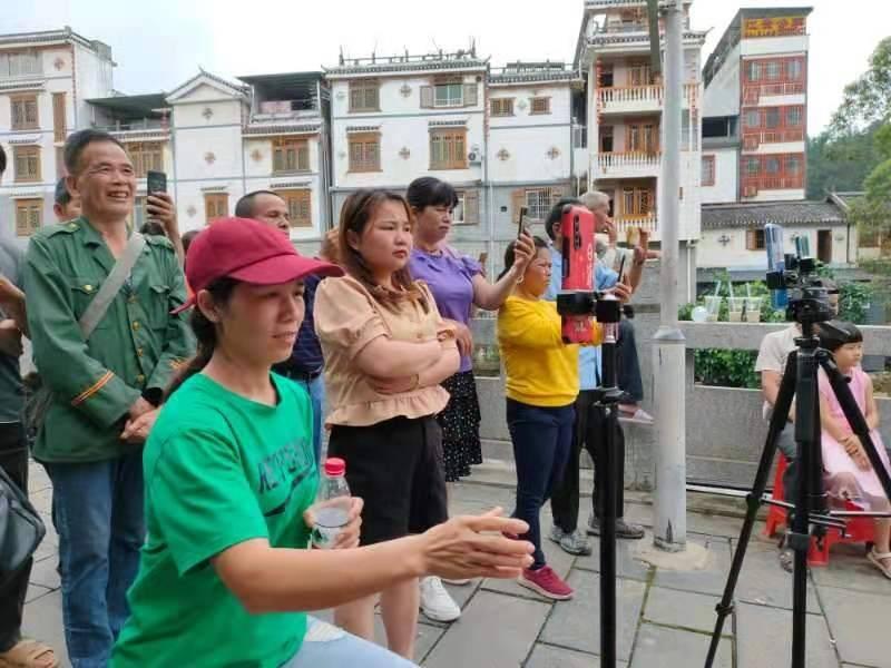 都来看看中国六堡茶核心产区六堡镇三月三都干了些什么?插图(4)