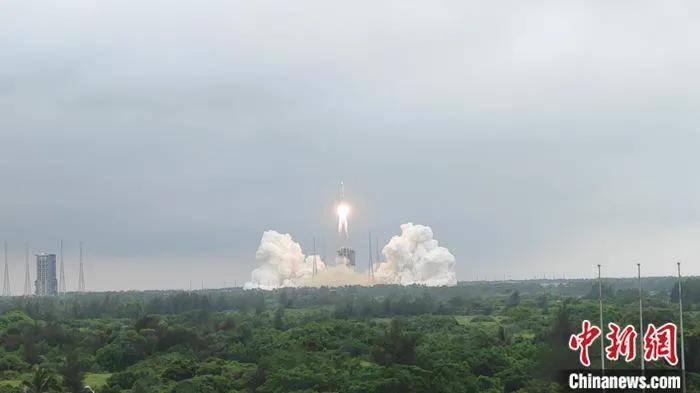 """""""天和""""升空!空间站核心舱发射,中国载人航天进入最后一步"""