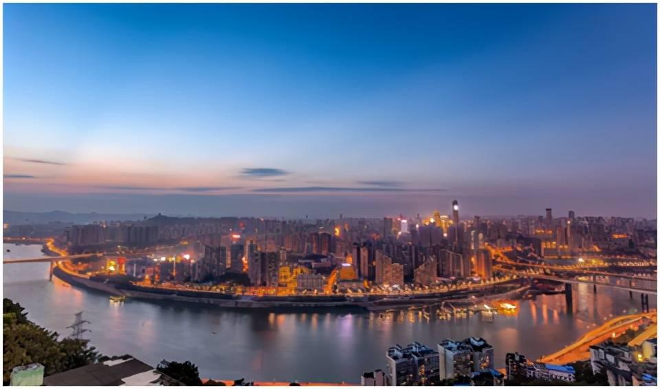 五一小长假到重庆,不可错过的李子坝半日游路线,时光都惊艳了