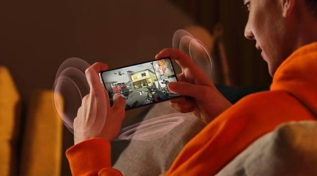 """原创             国产游戏手机中的""""销量王"""",首销仅1分钟,销量便突破10万台"""