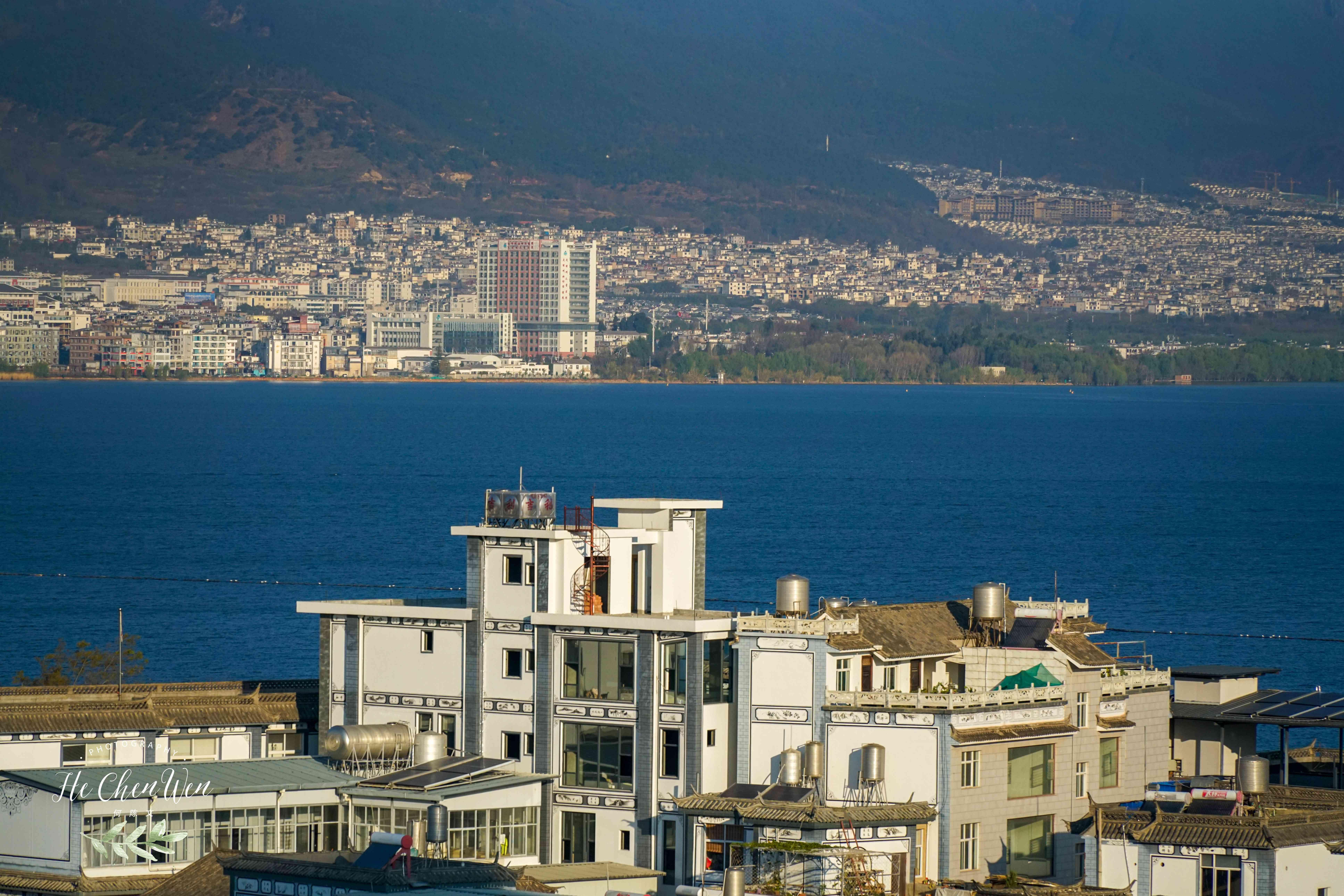 大理旅行,洱海边的度假酒店,眺望碧海蓝天