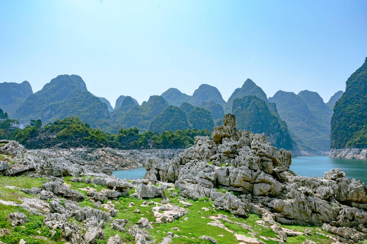 贵州藏着一处秘境,景色可媲美桂林山水,人少景美