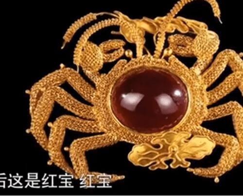 一套房换一只螃蟹,房子疯涨到七百万心慌鉴宝,专家:螃蟹更值钱