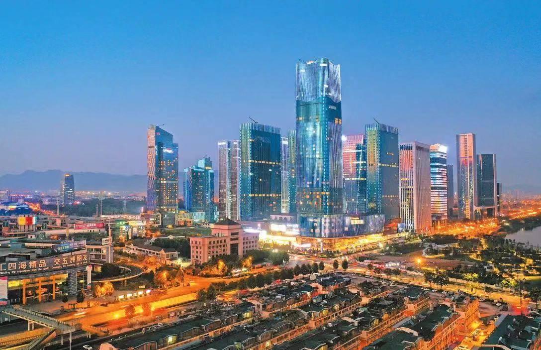 浙江各县人口_义乌10人中3个是老板!浙江人口第一县市的共同富裕之道
