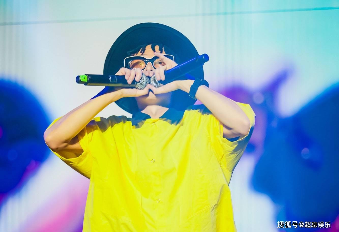 福克斯rapper被签约 中国嘻哈福克斯人品
