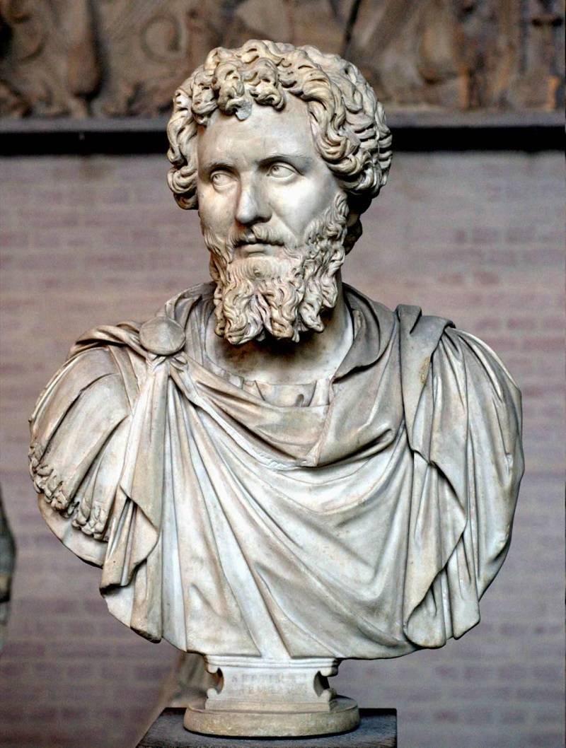 罗马第一位蛮族皇帝,为帝国立下汗马功劳却遭嫌弃,最后结局很惨