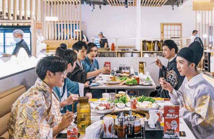 """SEON西恩与天财商龙推出北京餐饮品牌 """"大嘴爆店""""联合活动"""