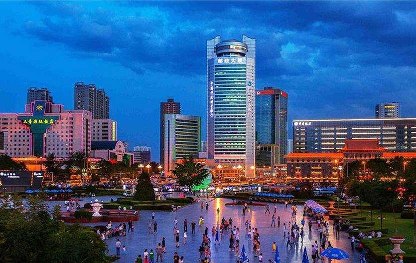 福建泉州与山西太原的2021年一季度GDP谁更高?