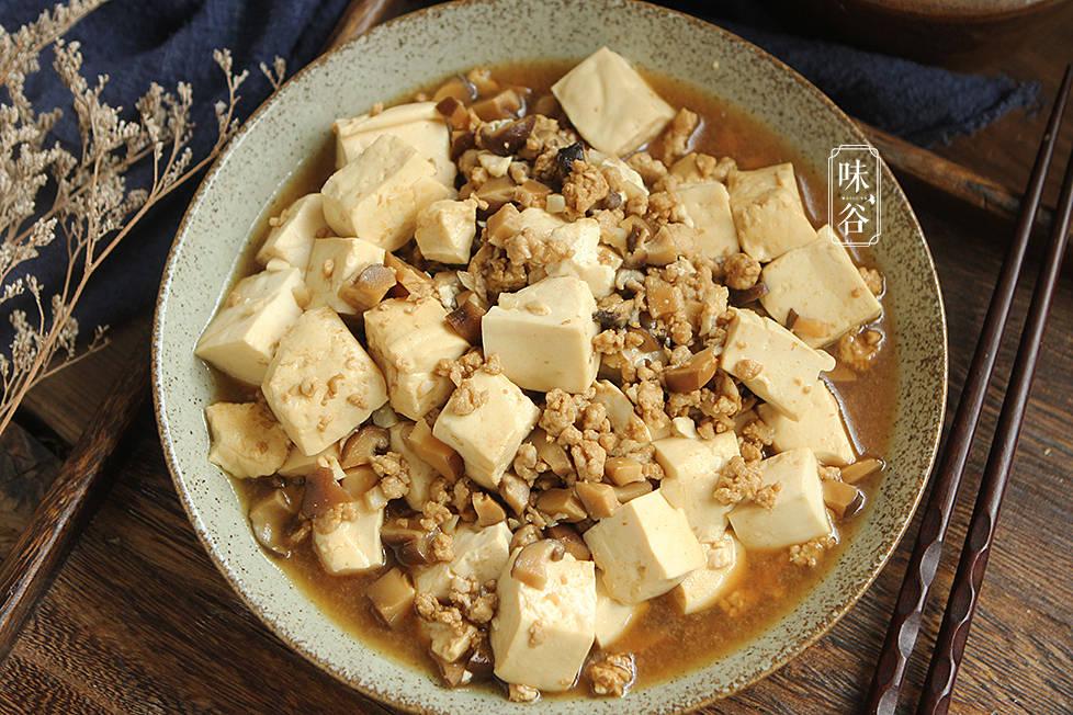 明日端午节,家宴菜单已备好,5荤3素1汤,好吃实惠,全家赞不绝口