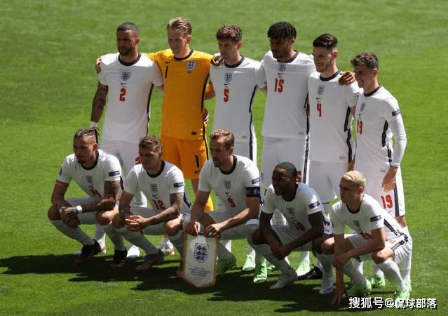 1-0!7连胜!欧洲杯13.2亿豪阵赢了,61年神迹降生,曼城巨星破门-亚博APP