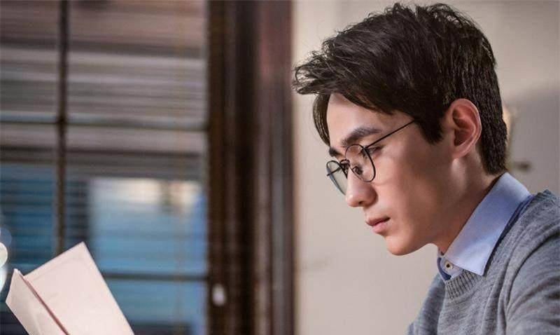朱一龍那麼火,除了顏值、演技,網友:還有更多稱道的標籤
