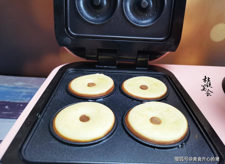 早餐不用愁,不揉麵不打發,手不粘面,10分鐘吃上美味甜甜圈