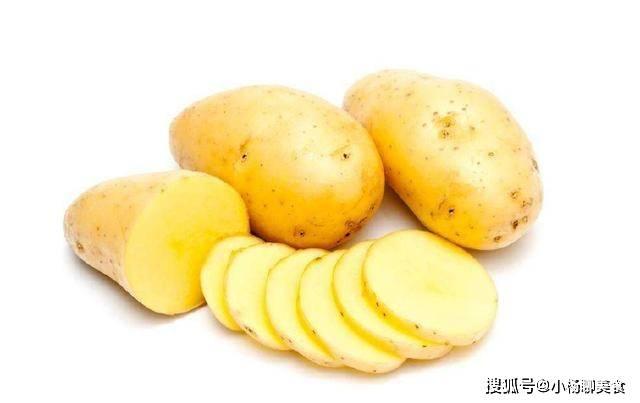 原創             炒土豆絲的醋,應該什麼時候放?跟著我這樣做,脆爽好吃不粘鍋