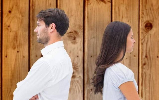 """图片[1]-婚姻里,感情往往是""""吵""""出来的!-泡妞啦"""