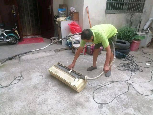 家电成普遍,但家电维修却成夕阳行业,为何干这行的越来越少?