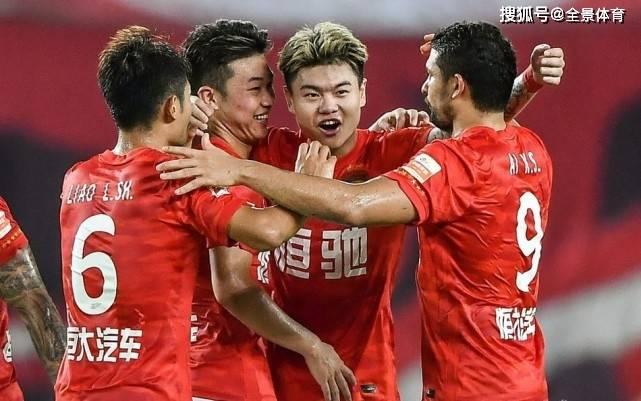 广州队球员评分:严鼎皓7.5分,艾克森7.6分,杨立瑜全场最佳!_芒果体育主管