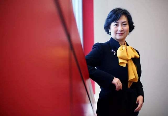 何鸿燊家族大和解,奚梦瑶成最大赢家,未来她的地位比何超琼还高