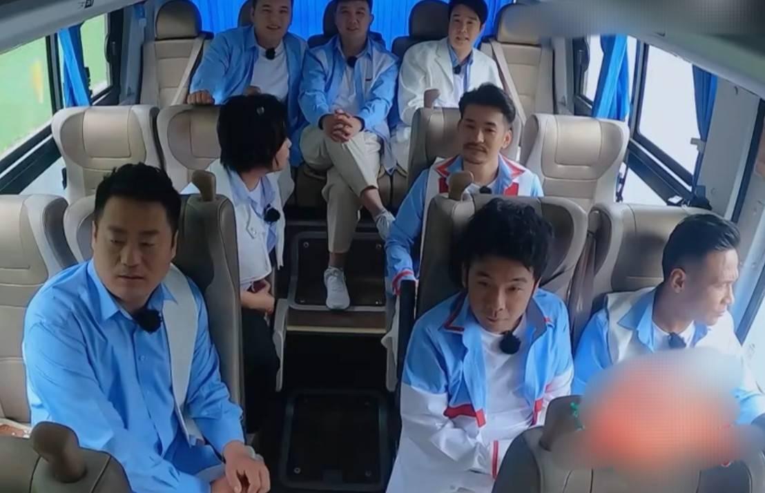 小沈阳求师兄弟参演电影,宋小宝反应平淡,两人曾因一哥闹不合?