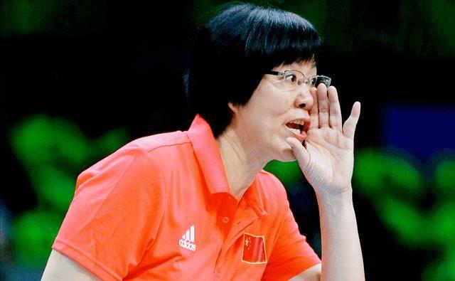 中国排球奥运会完败,美国女排勇夺第39金,中国排管高层该反思了