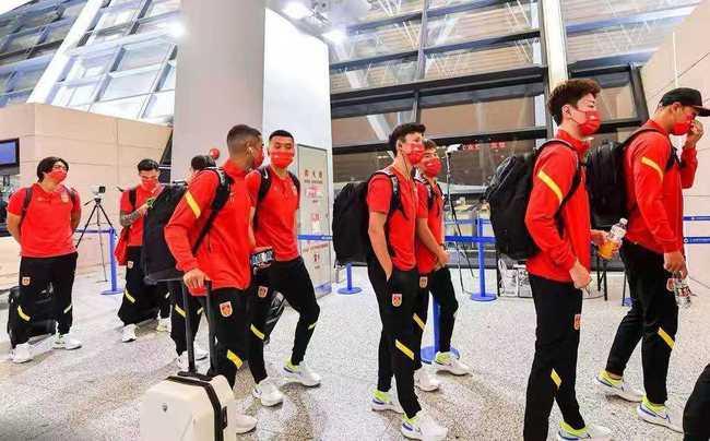 确定了!国足首次登上卡塔尔世界杯比赛场地,李铁也迎来利好消息