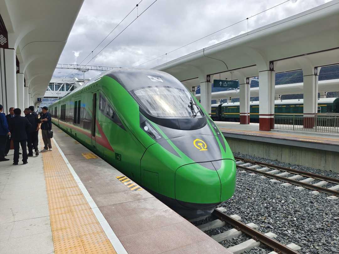 铁路让西藏旅游迈上快车道