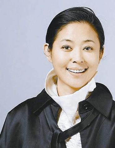 她曾经是赵本山的梦中情人 郭达的前任 她已经61岁了还这样生活!